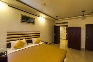 Hotel King Paradise, Szállodák  Tiruccsirápalli - big - 35
