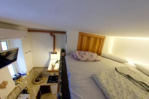 Underground Rome's Room, Ferienwohnungen  Rom - big - 7