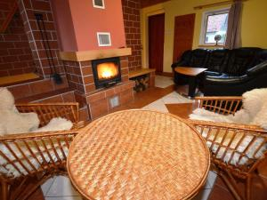 Holiday home Tuhrb, Holiday homes  Lhenice - big - 19