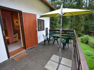 Holiday home Tuhrb, Holiday homes  Lhenice - big - 3