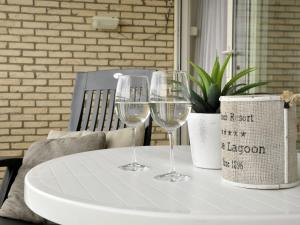 Holiday home Blue Lagoon, Apartments  Noordwijk - big - 10