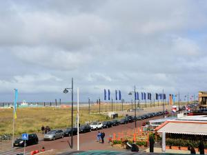 Holiday home Blue Lagoon, Apartments  Noordwijk - big - 6