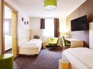 Das Grüne Hotel zur Post - 100 % BIO, Отели  Зальцбург - big - 65