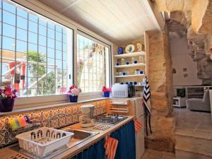 Holiday home Trullo Fiore Di Mare, Holiday homes  Trani - big - 4