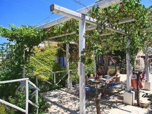 Holiday home Trullo Fiore Di Mare, Holiday homes  Trani - big - 15