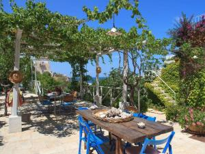 Holiday home Trullo Fiore Di Mare, Holiday homes  Trani - big - 17