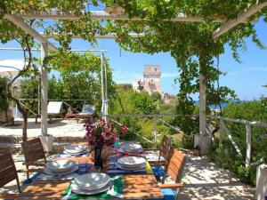 Holiday home Trullo Fiore Di Mare, Holiday homes  Trani - big - 18