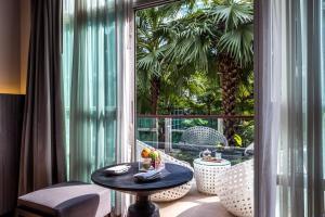 Deluxe Kamer met Kingsize Bed en Balkon