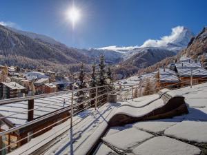 Backstage Hotel Serviced Apartments - Zermatt
