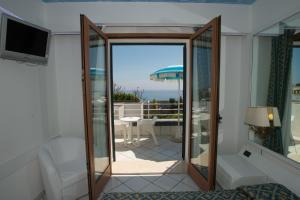 Hotel Ristorante Panoramico, Hotely  Castro di Lecce - big - 23