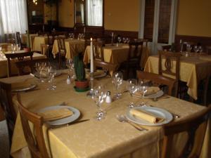 Hotel Olivedo, Hotel  Varenna - big - 68