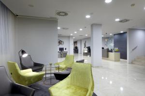 Exe Zaragoza WTC, Hotely  Zaragoza - big - 17