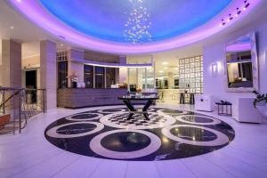 La Mer Deluxe Hotel & Spa (Καμάρι)