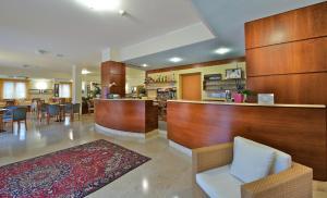 Hotel Garnì Orchidea, Отели  Мальчезине - big - 39