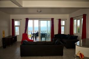 Ocean Spray, Apartments  Anse Etoile - big - 14