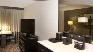 Embassy Suites Las Vegas, Hotely  Las Vegas - big - 10