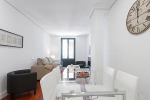 Alterhome Plaza España, Apartmanok  Madrid - big - 4