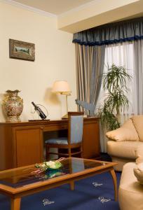 Hotel Kálvária Superior, Отели  Дьёр - big - 12