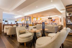 Courtyard by Marriott Glasgow Airport, Hotely  Paisley - big - 11