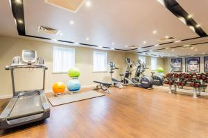 Courtyard by Marriott Glasgow Airport, Hotely  Paisley - big - 24