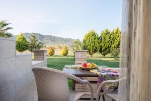 Rodon Garden 2, Ferienwohnungen  Sarti - big - 13
