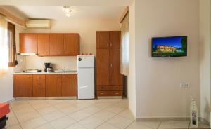 Rodon Garden, Apartments  Sarti - big - 5