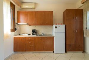 Rodon Garden, Apartments  Sarti - big - 6