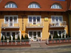 Tarr Apartmanok, Penziony  Keszthely - big - 1