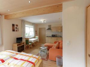 Apartment Medebach 3, Ferienwohnungen  Medebach - big - 13