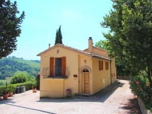 Holiday Home Girasole Monte Carotto