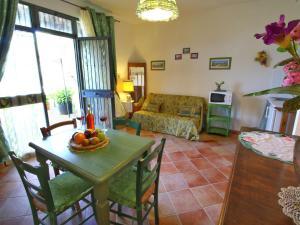 Il Crocino Di Lecchi Rosso/Verde/Torre, Дома для отпуска  San Sano - big - 9