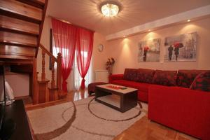 Stefan Apartment, Apartmanok  Zlatibor - big - 4