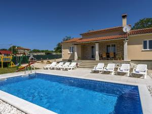 Holiday home Villa Mikela, Ville  Tinjan - big - 8