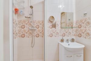 Voroncovskii bulvar 8, Appartamenti  San Pietroburgo - big - 4