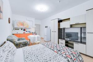 Voroncovskii bulvar 8, Appartamenti  San Pietroburgo - big - 22