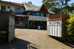 West Park Hotel, Guest houses  Nairobi - big - 43