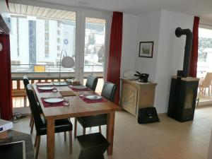 Apartment Wohnung 21, Apartments  Davos - big - 6