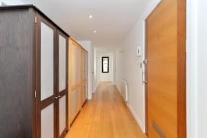 101 Lexham Gardens APT. 9, Appartamenti  Londra - big - 8
