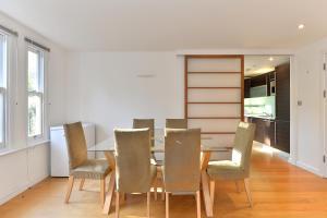 101 Lexham Gardens APT. 9, Apartmanok  London - big - 6
