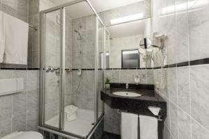 CityClass Hotel SAVOY, Hotely  Haan - big - 3