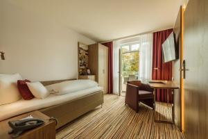 CityClass Hotel SAVOY, Hotely  Haan - big - 13