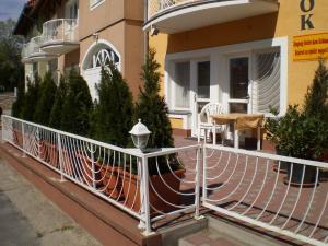Tarr Apartmanok, Penziony  Keszthely - big - 50