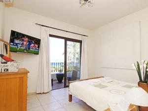 Villa KPBWB32, Holiday homes  Paralimni - big - 11