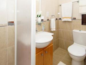 Villa KPBWB32, Holiday homes  Paralimni - big - 9