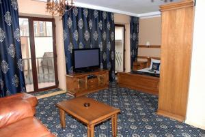 Marinus Hotel, Hotels  Kabardinka - big - 8