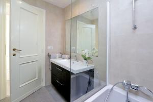St. Peter Station Apartment Barzellotti, Apartmány  Řím - big - 10