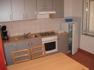 Franjo Duplex, Apartments  Novalja - big - 9