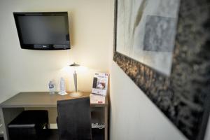 Brit Hotel Le Surcouf, Hotely  Saint Malo - big - 48