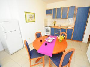 Apartment Ivan.1, Apartmanok  Tribunj - big - 8