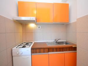 Apartment Karlo.2, Ferienwohnungen  Tribunj - big - 16